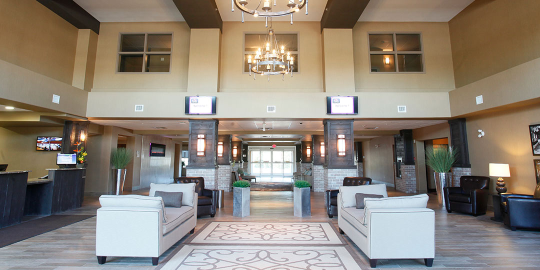 Pomeroy Inn & Suites Olds